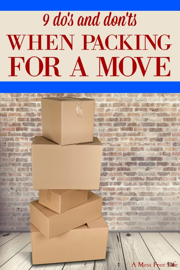 Are you packing to move? Whether you're moving your house around the corner or around the globe, you'll want to use our packing tips and hacks to make it easy and organized! The checklist made is super easy for me to pack up closets and boxes and no I wasn't making any rookie mistakes!  #packingtomove #packingchecklist #packingyourhouse